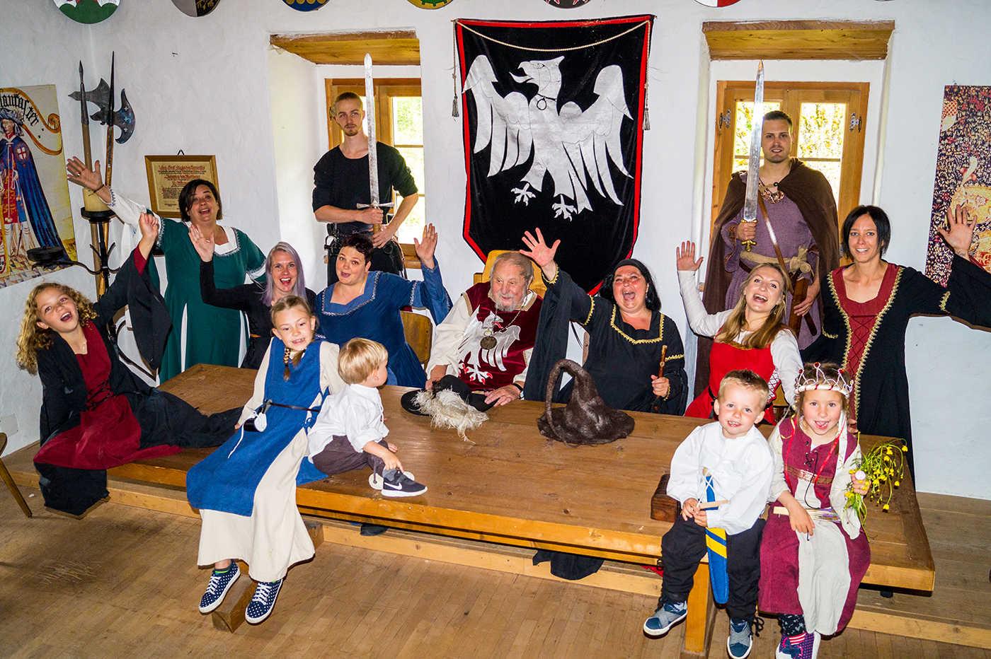 Das Burgfestteam